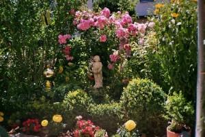 "Frau R. Maier (Kategorie ""Haus, Garten, Blumen"")"
